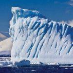 V Antarktidě se odtrhává obří ledovec s plochou jako kraj Vysočina