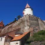 Od hradu Křivoklát a k malebné Berounce