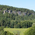 Klokočské skály a zřícenina hradu Rotštejn