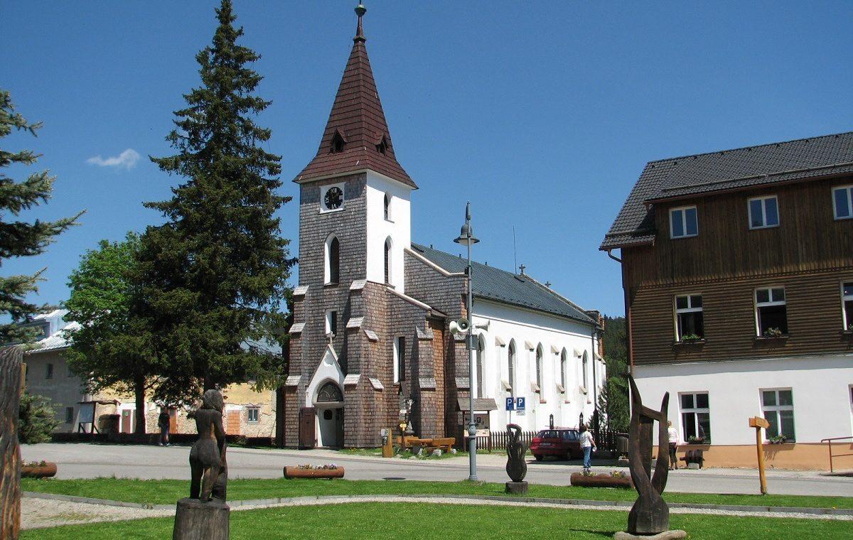Kvilda kostel