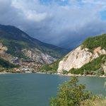 K Debarskému jezeru do albánské enklávy