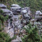Pískovcové skály, kaňony a skalní věže - to jsou Teplicko-Adršpašské skály