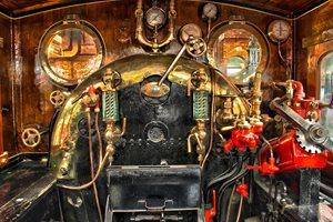 parni-vlak-shutterstock-93171193