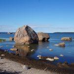 Kde se na severu Estonska divoké moře probíjí přes mohutné balvany rozeseté ledovcem