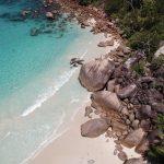 Seychely byly sice pro Krejčíře nudou, pro ostatní je to však ráj na Zemi