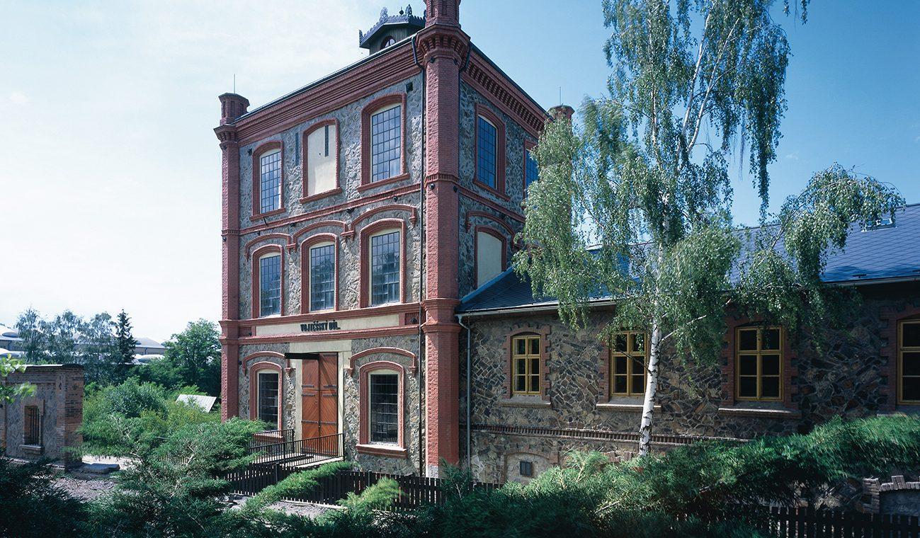 01 - Hornické muzeum Příbram - Důl Vojtech (zaražený roku 1779) - Šachetní budova z roku 1870