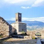 Divoké hory a úchvatné pláže. Poptávka po Albánii roste